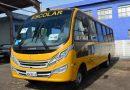 Santo Antônio de Posse recebe novo ônibus para transporte escolar