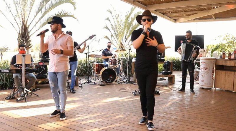 Dia 13 de setembro tem drive-in live show com Márcio & Tchelo