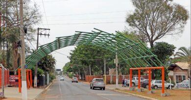 Holambra fecha rua para veículos na região do novo portal